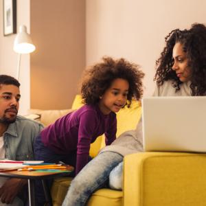 Télétravail et santé psychologique : les défis de la conciliation travail-famille-vie personnelle