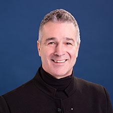 Portrait de Daniel Caux, éducateur spécialisé et coach familial à la Clinique de Psychologie Québec